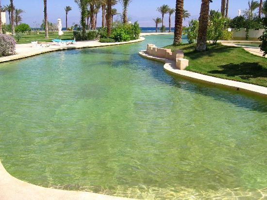 Sofitel Taba Heights : saltwater pool