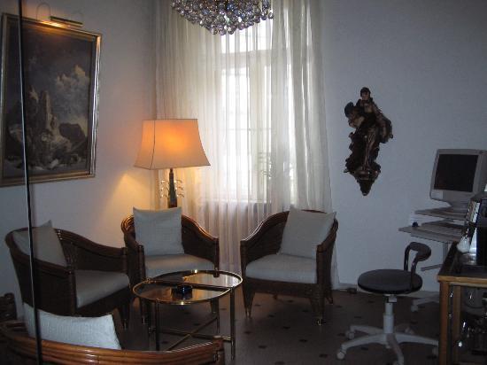 Hotel Uhland: Computer and coffee room
