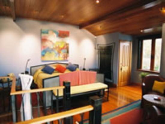 The Loft Suite @ Shelbourne Villa