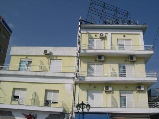 Volos, Grèce : the front of the hotel