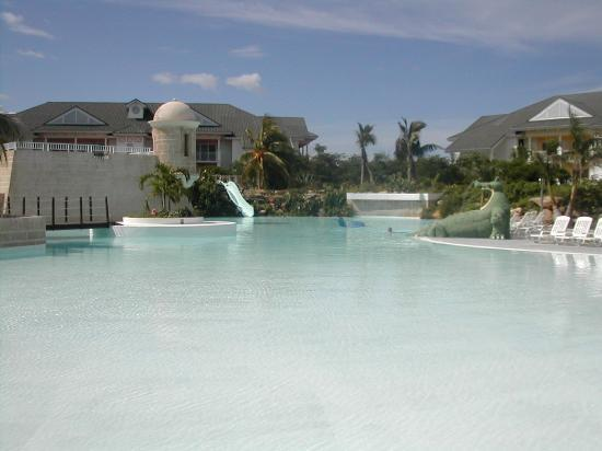 Kids pool picture of melia peninsula varadero tripadvisor - Hotels in yeovil with swimming pool ...