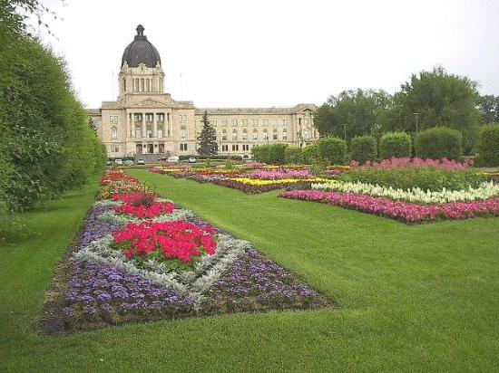 Wascana Centre Park: Legislative Building