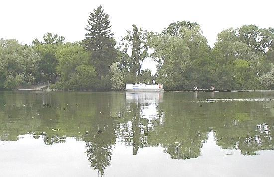 Wascana Centre Park: Willow Island