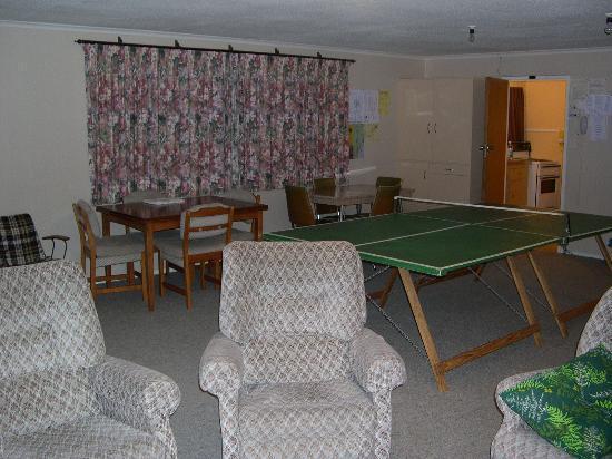 Apple Stay Inn : rumpus room!