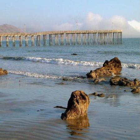 Cayucos, Kaliforniya: Close to Beach