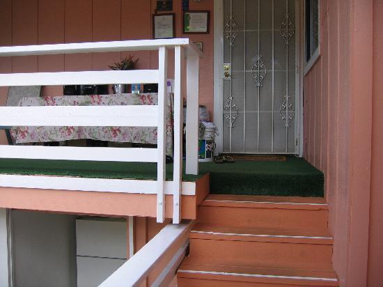 Garden Gate Bed and Breakfast : Hallway