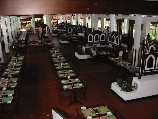 Cinnamon Lodge Habarana: Restaraunt