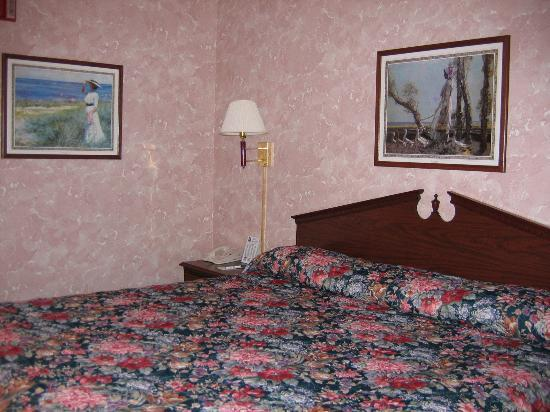 New Victorian Inn & Suites York: Bedroom
