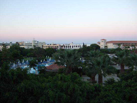 Avanti Hotel: View from our room at dawn