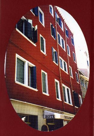 Dolomiti Hotel: Brochure photo showing front of hotel