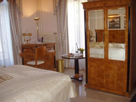 Grand Hotel National: A single occupancy room