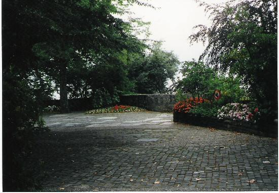 Vieille-Ville de Montreux : Terrace of the Church