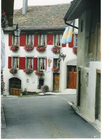 Altstadt Montreux: Old Town Streets