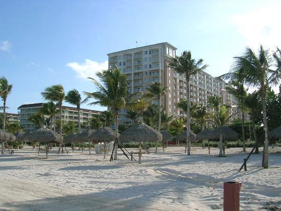 Marriott's Aruba Surf Club: Marriott - Beach