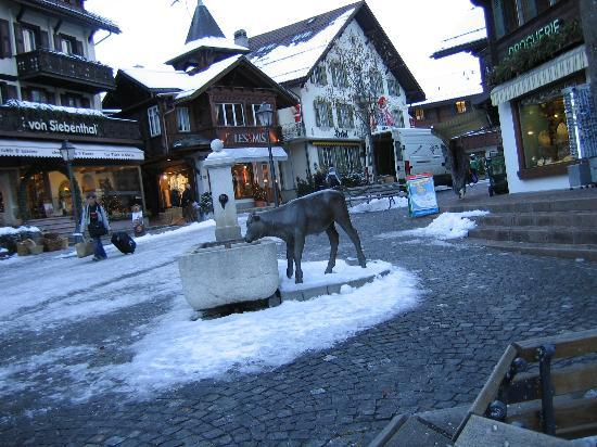 ‪‪Gstaad‬, سويسرا: Gstaad center in winter‬