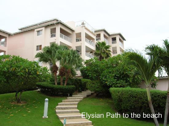 Elysian Beach Resort: Path to Pool