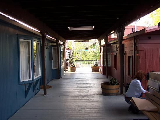 Napa Valley Railway Inn: room #5 (left)