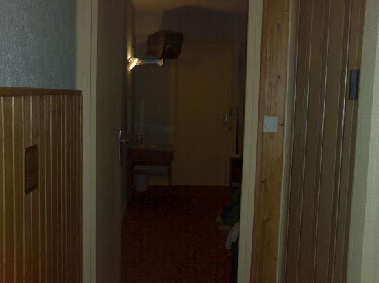 L'Hostellerie des Pins : Hallway