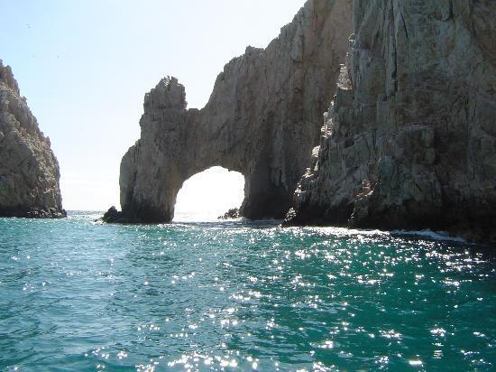 Las Ventanas al Paraiso, A Rosewood Resort: Los Cabos famous Arch