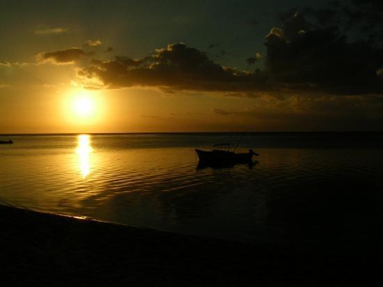 LUX* Le Morne: sunset