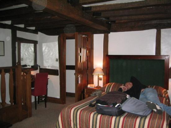 Ye Olde Dog & Partridge: Bedroom No 3 - Main area