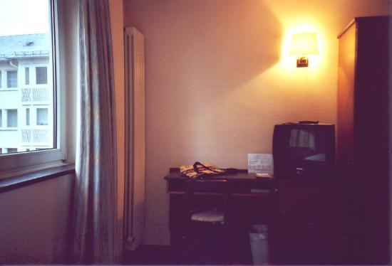 Single room at Hotel am Dom