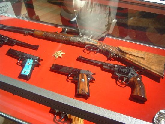Memphis, TN: Elvis's guns