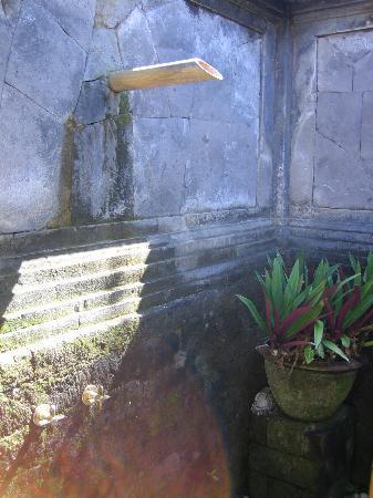 Four Seasons Resort Bali at Jimbaran Bay: Private Outdoor Shower
