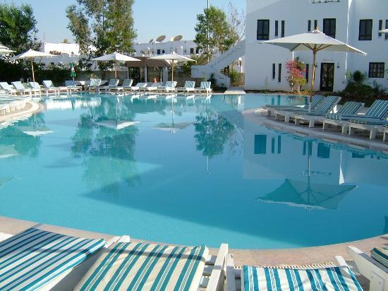 Partner Sunset: garden pool