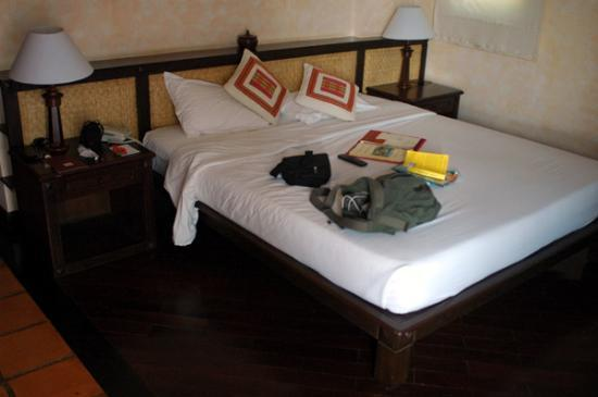 Victoria Phan Thiet Beach Resort & Spa : the bed