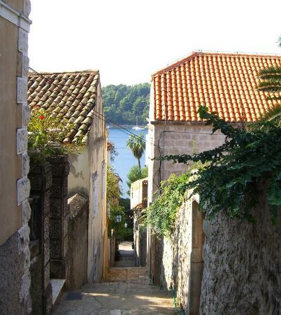 Castelletto : View from old town