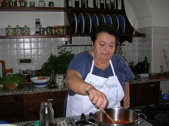 Mamma Agata - Cooking Class : Mamma Agata at Work