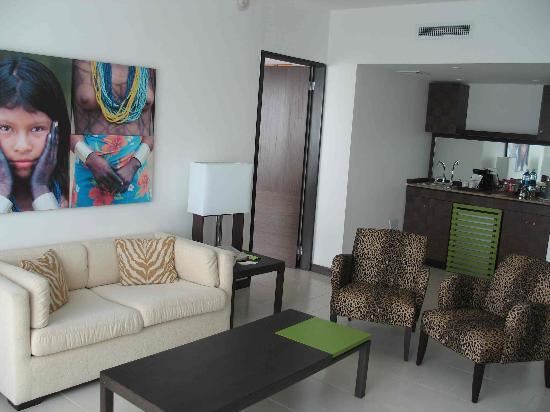 Radisson Decapolis Hotel Panama City: A typical living area in hotel suite