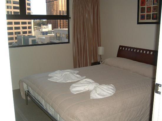 Grand Chancellor Auckland Hotel: Bedroom with Double