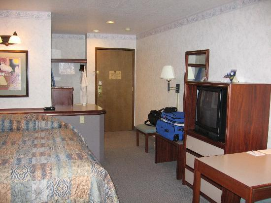 Best Western Pony Soldier Inn - Airport: room interior