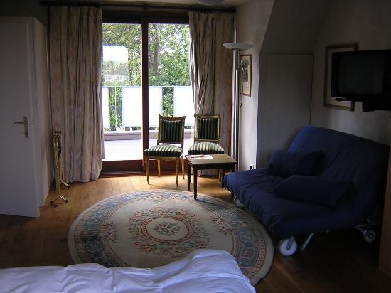 Le Coquin B&B: Our room, again, in the morning, not when all set up nicely