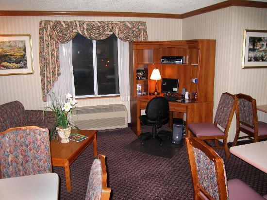 Fairfield Inn Boise : Lobby business center