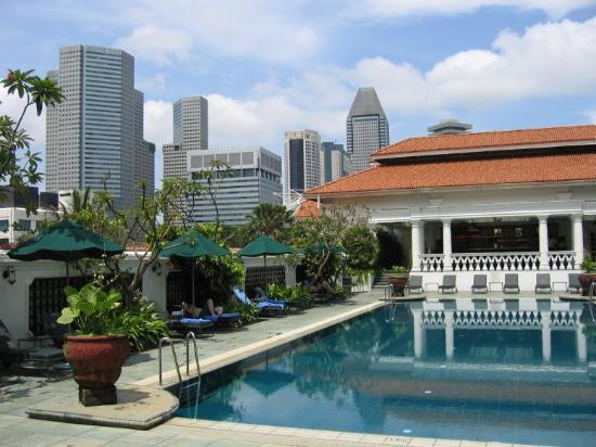 Rooftop swimming pool picture of raffles hotel singapore - Rooftop swimming pool in singapore ...