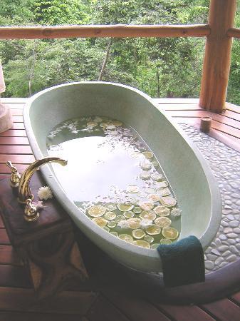 Los Altos de Eros: Soaking tub in the Spa