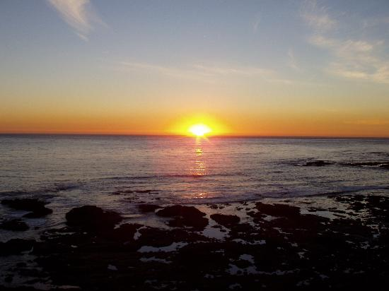 Rosarito, Meksiko: Sunset at Las Rocas