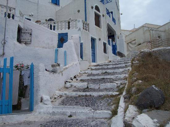 Astra Suites: The steps on the way to the hotel