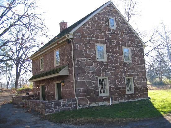 Churchtown Inn Bed and Breakfast: Cabin - note you only have access to floors 2&3