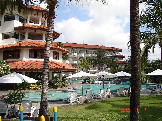 Grand Mirage Resort & Thalasso Spa - Bali : Pool area