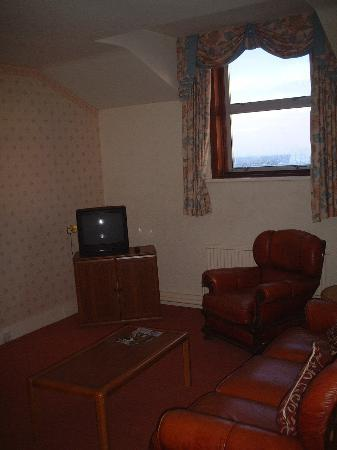 St. George's Hotel: dark, old, steamy windows and no views, the best lounge in the best suite in llandudno