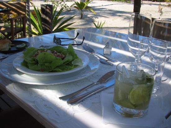 Vila Naiá: The care with food...