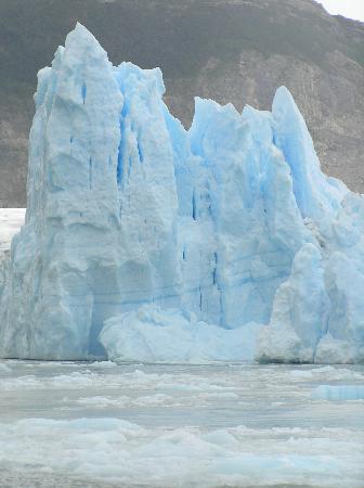 Glacier Grey: Grey Glacier