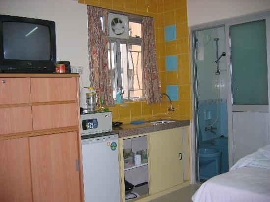 Rent-A-Room Hong Kong: Kitchenette