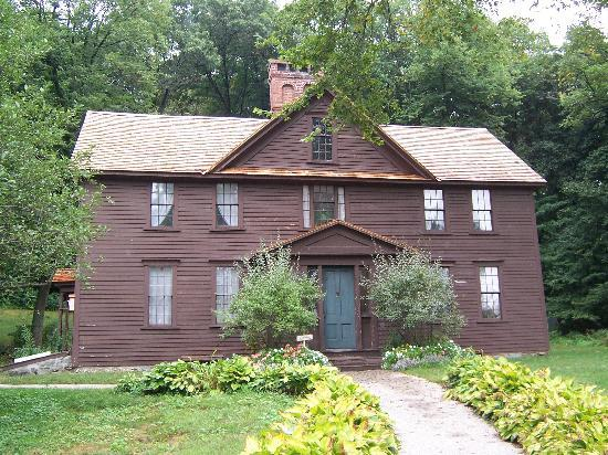 Concord's Colonial Inn: Louisa Mae Alcott's Home (Little Women)...within walking distance