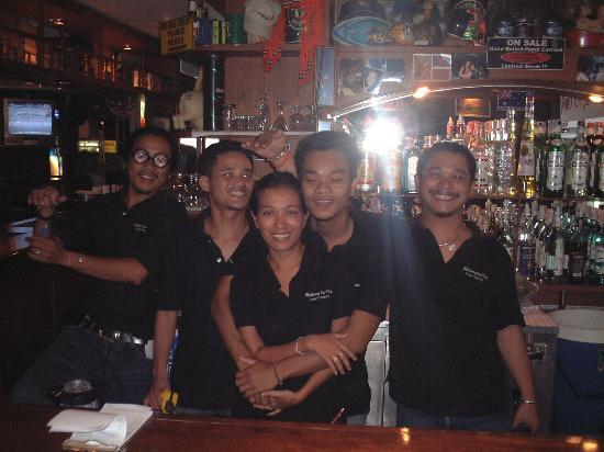 Billabong Beach Club: The staff at billabong