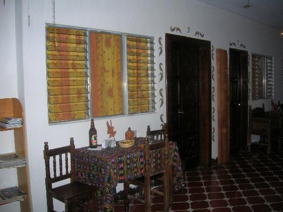 Posada La Merced Antigua: Picture of Room from Courtyard
